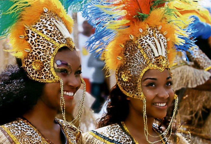 2 filles carnaval guadeloupe